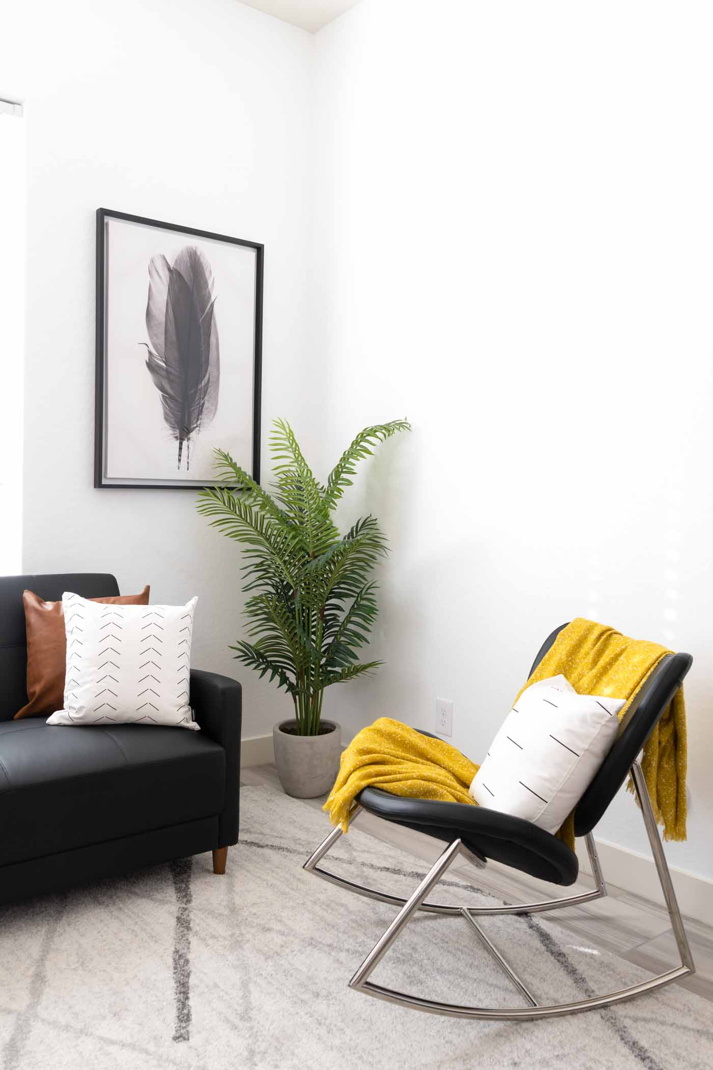 White wall to create the DIY color block accent